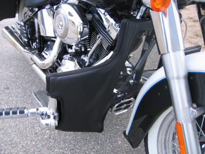 HARLEY DAVIDSON Softail Mushtache Guard